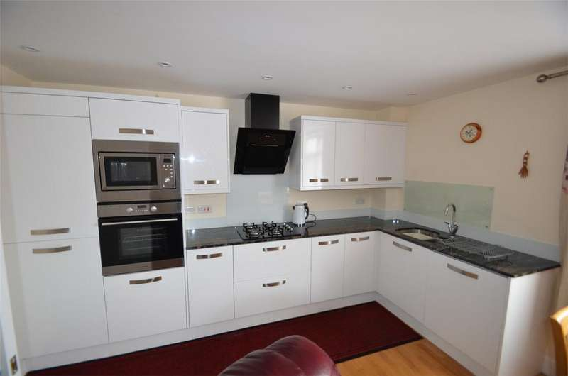 2 Bedrooms Flat for sale in Bedford Road, LOWER STONDON, Bedfordshire