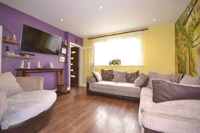 4 Bedrooms House for sale in Billet Road, London
