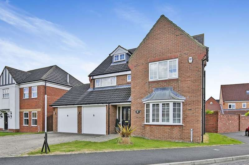 6 Bedrooms Detached House for sale in Weymouth Drive, Houghton Le Spring, DH4