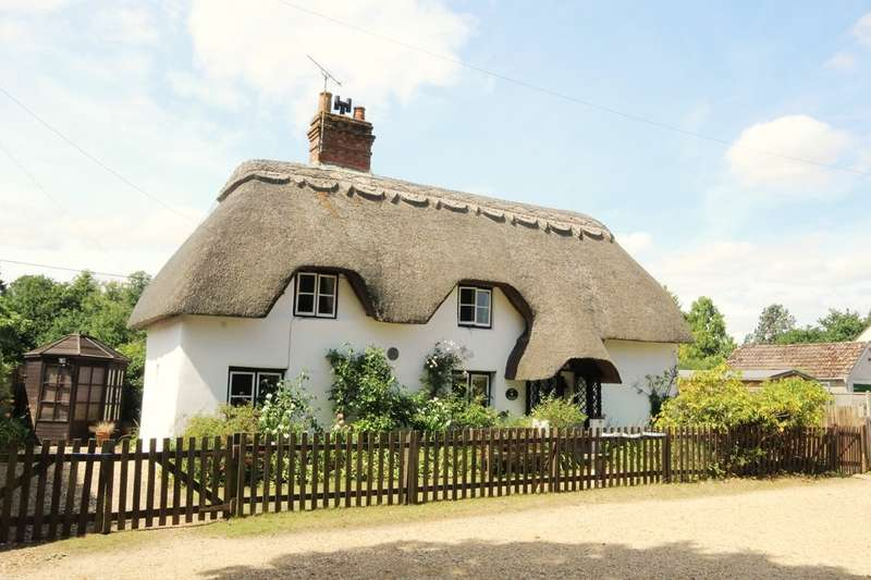 3 Bedrooms Detached House for sale in Old Thatch, Hale, SP6