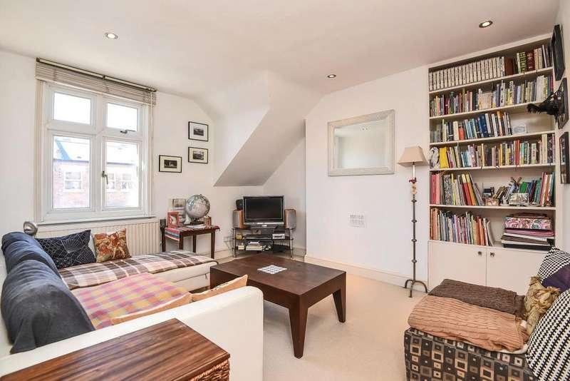 1 Bedroom Flat for sale in Agincourt Road, Belsize Park