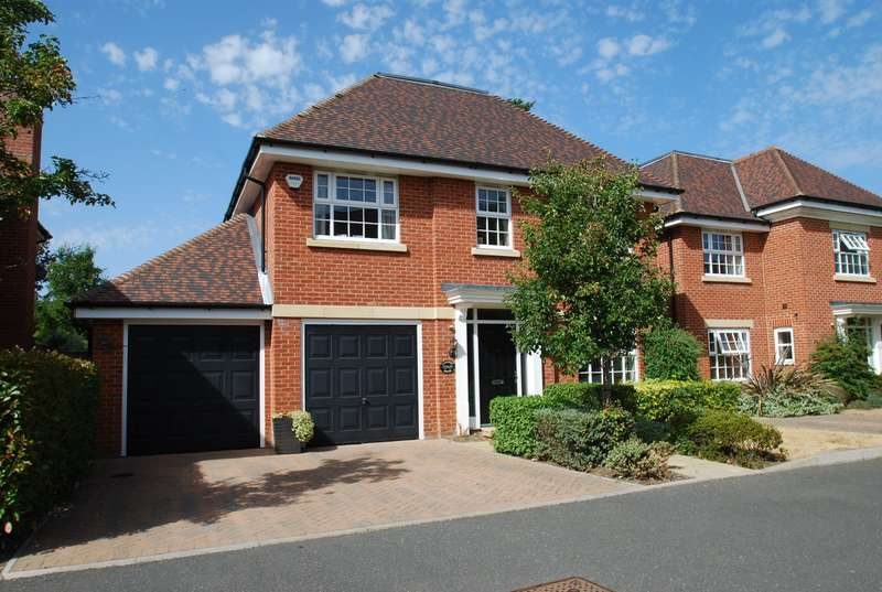 5 Bedrooms Detached House for sale in Rosken Grove, Farnham Royal, SL2