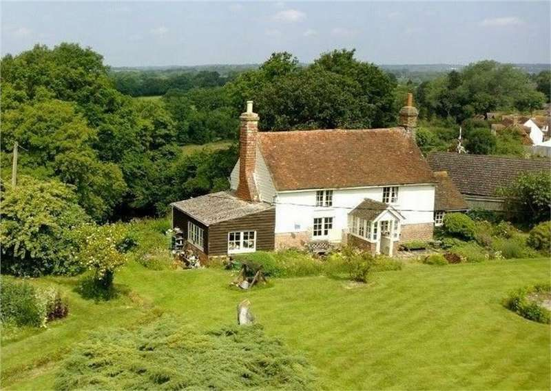 3 Bedrooms Detached House for sale in Victoria Road, BODLE STREET GREEN, East Sussex