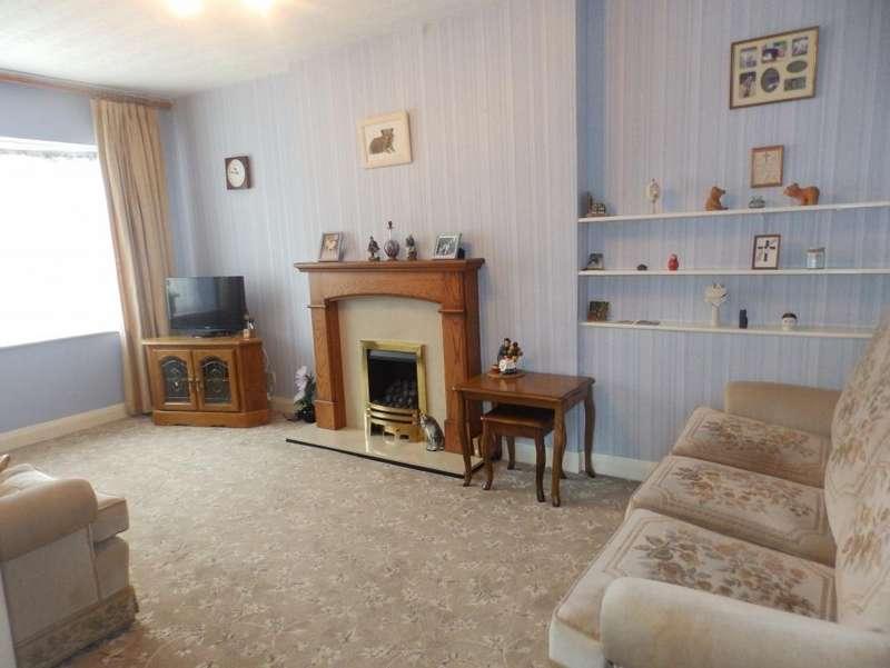 2 Bedrooms Semi Detached House for sale in Ramsey Avenue, Preston, PR1