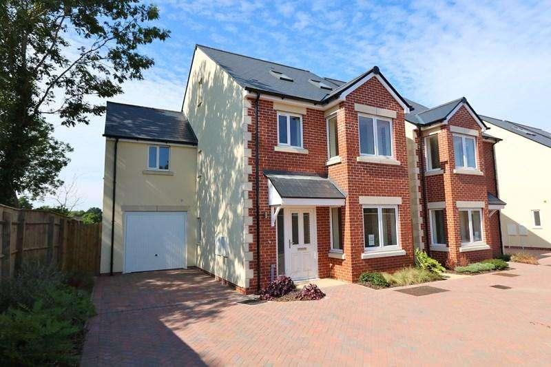 4 Bedrooms Detached House for sale in Bath Road, Keynsham, Bristol
