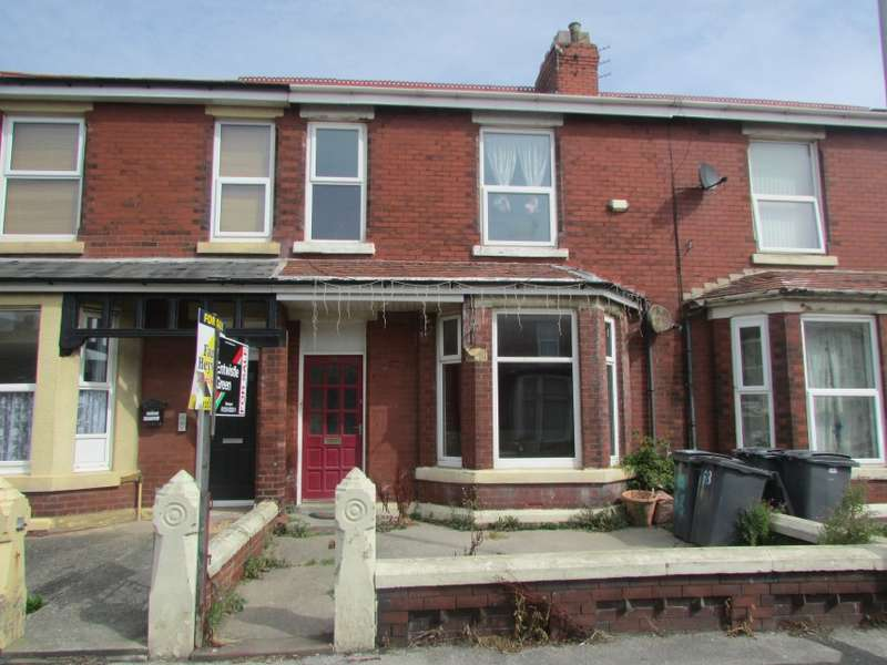 5 Bedrooms Terraced House for sale in 68 Warley Road, Blackpool, Lancashire