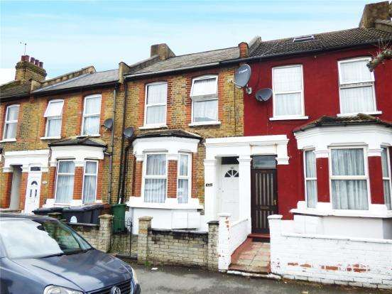 2 Bedrooms Flat for sale in Claude Road, London, E10