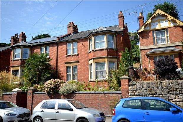 3 Bedrooms Semi Detached House for sale in Slad Road, Stroud, Gloucestershire, GL5 1QS