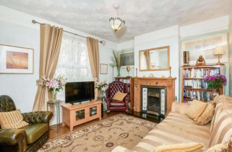 4 Bedrooms Terraced House for sale in Western St, Bedford, MK40