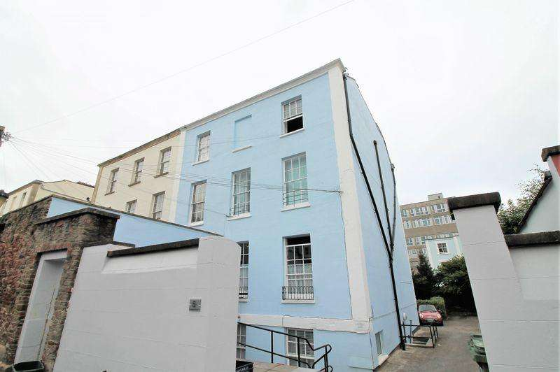1 Bedroom Flat for sale in Wetherell Place, Clifton, Bristol, BS8