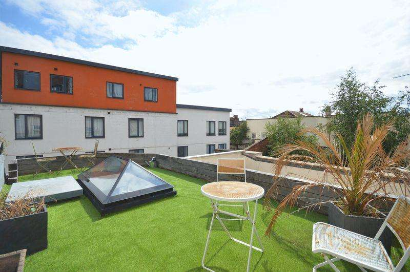 1 Bedroom Terraced House for sale in 14 West Street, Old Market, Bristol, BS2 0BH