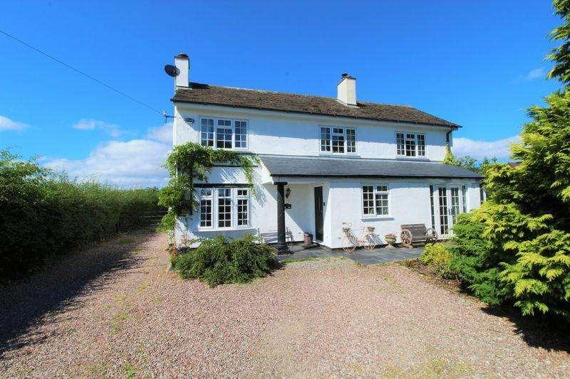 4 Bedrooms Detached House for sale in Puddington Lane, Neston