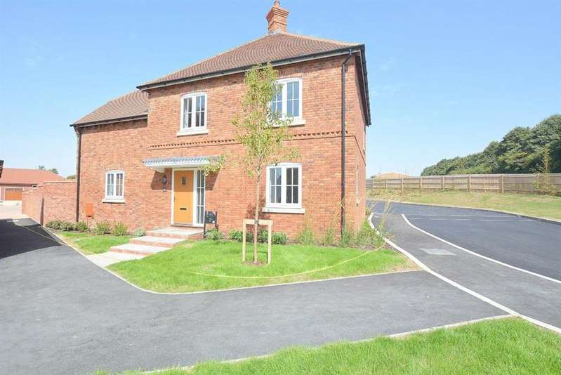 4 Bedrooms Detached House for sale in Winterborne Kingston, Blandford Forum