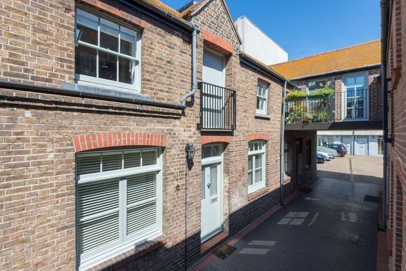 2 Bedrooms Terraced House for sale in Pavilion Mews, Church Street, Brighton, BN1