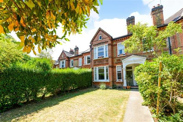 2 Bedrooms Flat for sale in Croxted Road, Dulwich