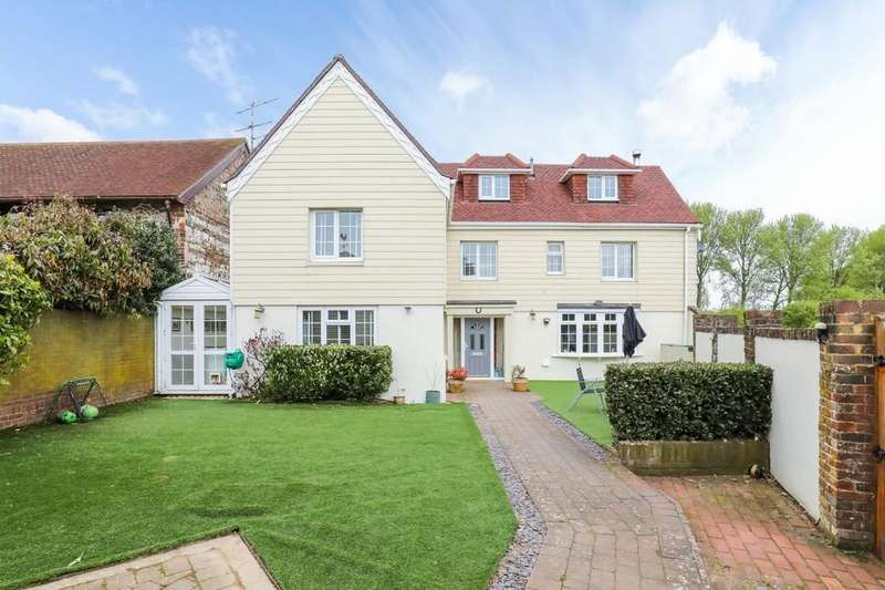 4 Bedrooms Farm House Character Property for sale in The Old Farm Cottage, Coombes Road, Lancing BN15 0JR
