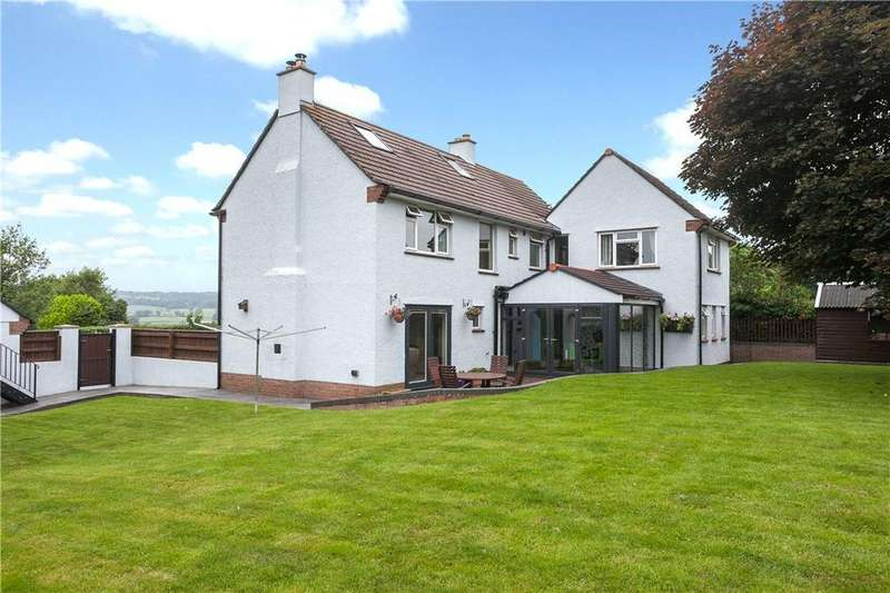 5 Bedrooms Detached House for sale in Farleigh Road, Backwell, Bristol, North Somerset, BS48