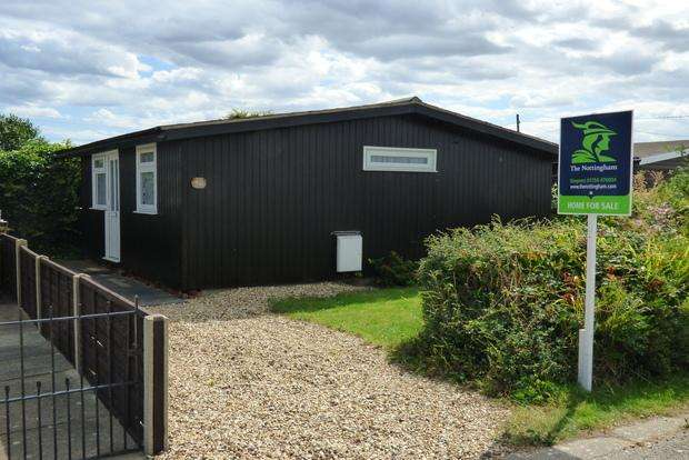2 Bedrooms Detached Bungalow for sale in Grace Crescent, Anderby Creek, Skegness, PE24