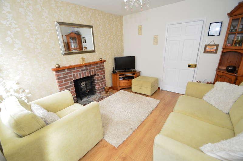 1 Bedroom End Of Terrace House for sale in Bridge Street, Loddon