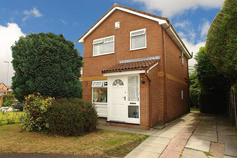 3 Bedrooms Detached House for sale in Woodlea, Firwood Park, Chadderton