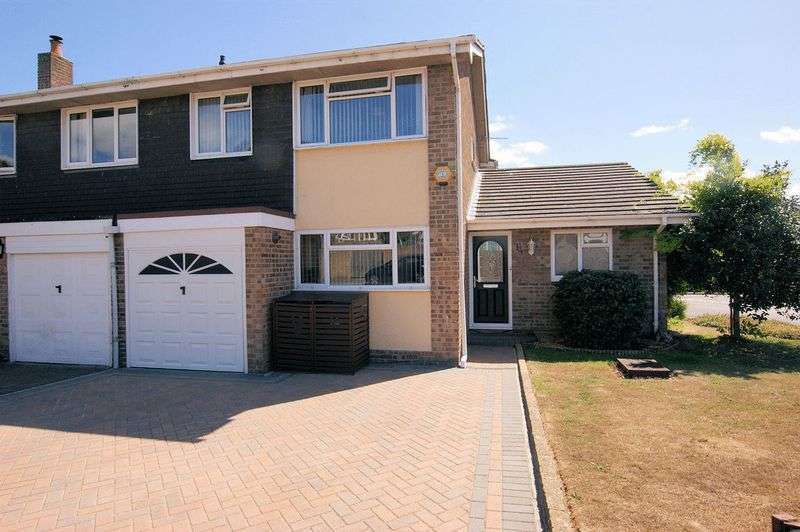4 Bedrooms Property for sale in Hayling Close, Fareham