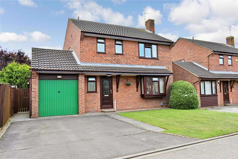 4 Bedrooms Property for sale in Thornemead, Werrington, Peterborough