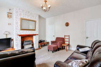 3 Bedrooms Terraced House for sale in Dugdale Road, Burnley, Lancashire, BB12