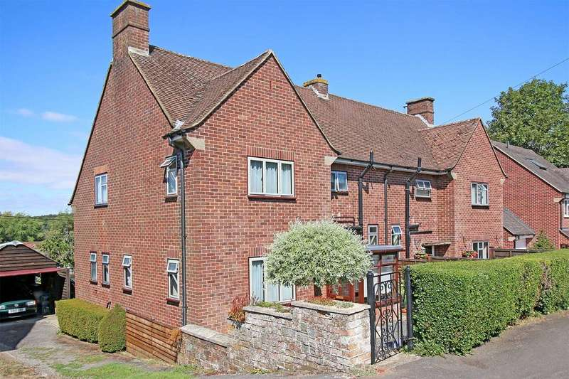3 Bedrooms Semi Detached House for sale in The Green, Overton RG25