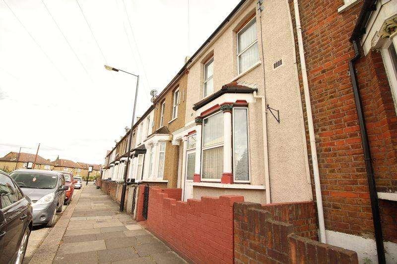 3 Bedrooms Terraced House for sale in Brettenham Road, N18