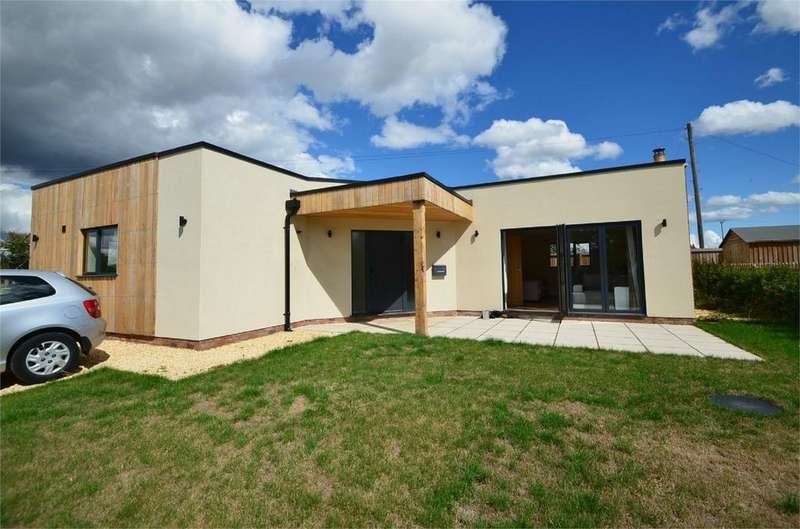 3 Bedrooms Detached House for sale in Friday Street, Arlingham, Gloucester