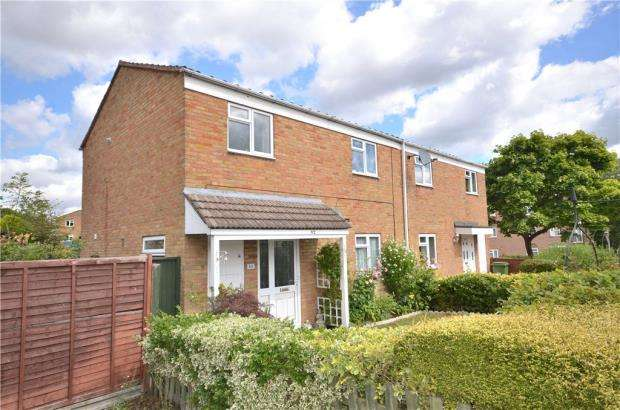 3 Bedrooms Semi Detached House for sale in Melrose, Bracknell, Berkshire