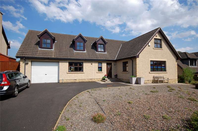 4 Bedrooms Detached House for sale in 8 The Avenue, Greenlaw, Duns, Scottish Borders, TD10