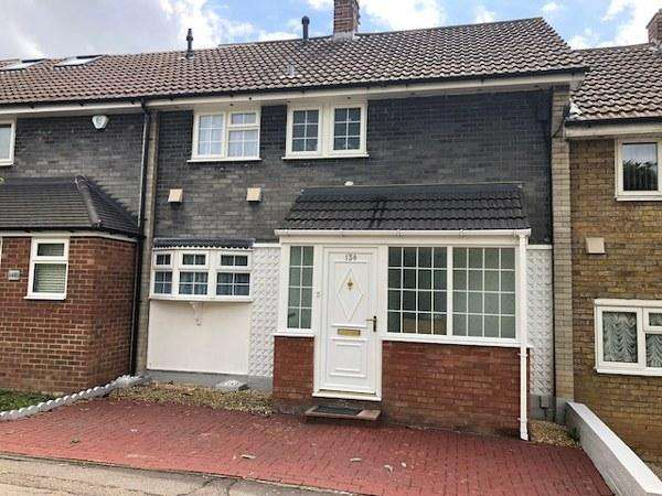 3 Bedrooms Terraced House for sale in 138 Pin Mill, Basildon, Essex, SS14 1LJ