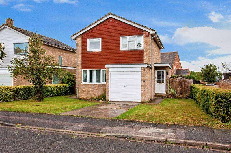 4 Bedrooms Detached House for sale in The Dene, Steeple Claydon