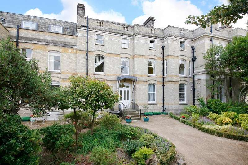 6 Bedrooms Flat for sale in Bucknall Way, Langley park, Beckenham, Kent, BR3 3XP