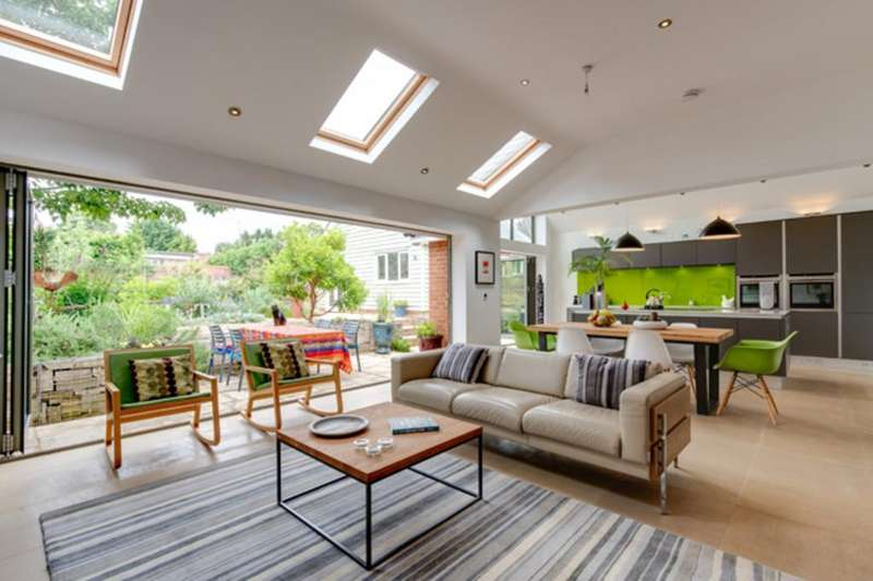 3 Bedrooms Detached House for sale in Halstead, Essex