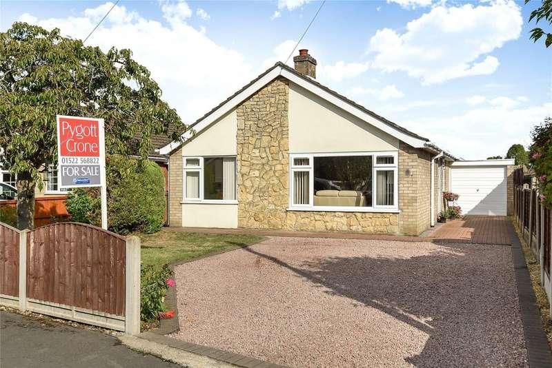 3 Bedrooms Detached Bungalow for sale in Chaplin Close, Metheringham, LN4
