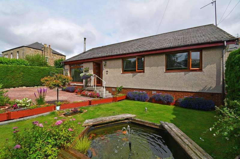 3 Bedrooms Detached House for sale in 33 Springfield Place, Gorebridge, EH23 4HJ