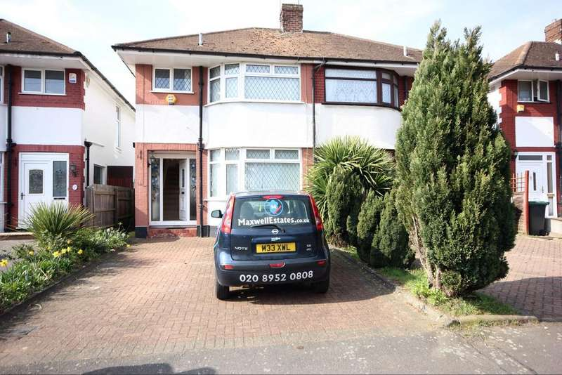 3 Bedrooms Semi Detached House for sale in Stanford Road , Luton LU2