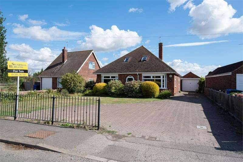 4 Bedrooms Chalet House for sale in Rochford Tower Lane, Boston, Lincolnshire