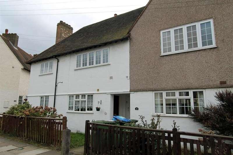 2 Bedrooms Maisonette Flat for sale in Moria Road, Eltham