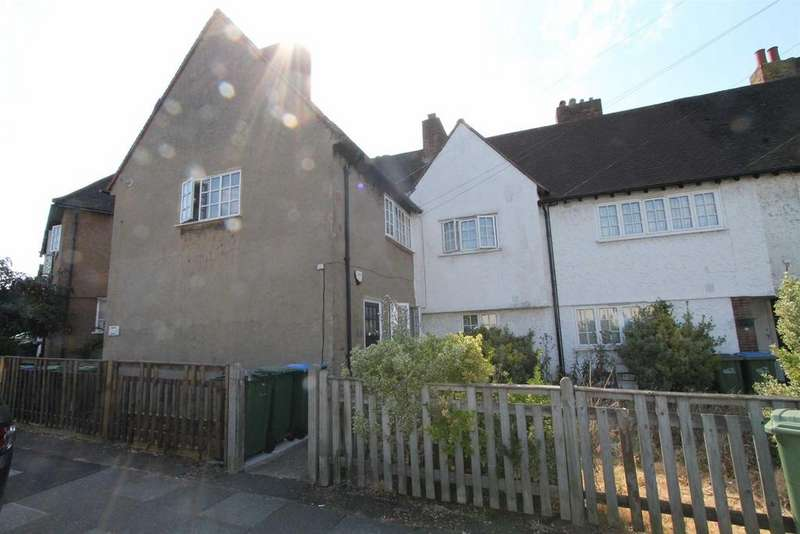 2 Bedrooms Maisonette Flat for sale in Admiral Seymour Road, Eltham