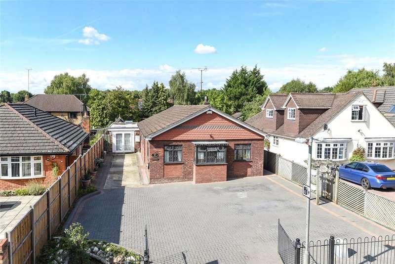 3 Bedrooms Detached Bungalow for sale in Nine Mile Ride, Finchampstead, Wokingham, Berkshire, RG40
