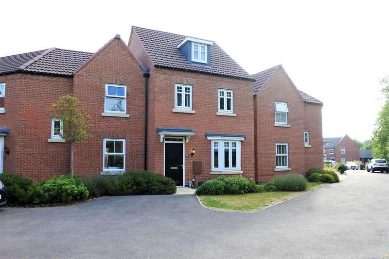3 Bedrooms Detached House for sale in Tamworth Close, Grantham
