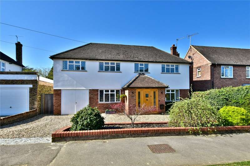 4 Bedrooms Detached House for sale in St Peters Way, Chorleywood, Hertfordshire, WD3