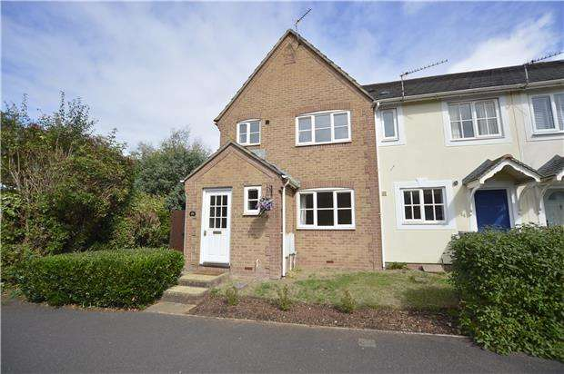 3 Bedrooms Semi Detached House for sale in Bakers Ground, Stoke Gifford, BRISTOL, BS34 8GE