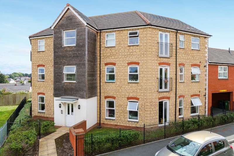 2 Bedrooms Ground Flat for sale in Chaucer Grove, Exeter