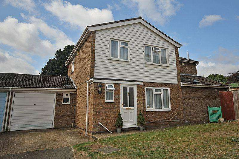 5 Bedrooms Detached House for sale in Osprey Road, Flitwick