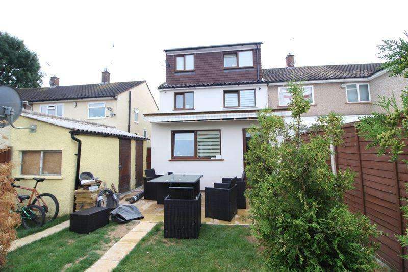 5 Bedrooms End Of Terrace House for sale in Simply Stunning .... Large Family Needed ....
