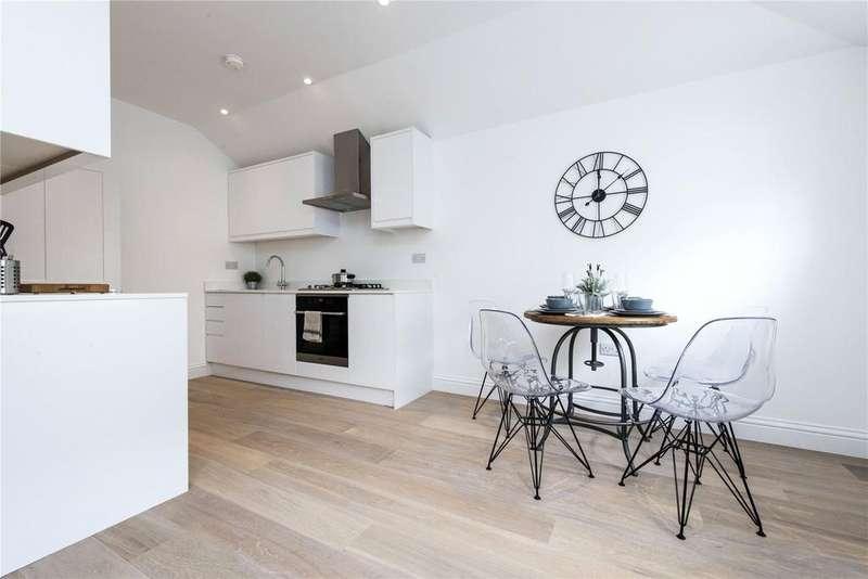 1 Bedroom Flat for sale in Chivalry Road, London, SW11